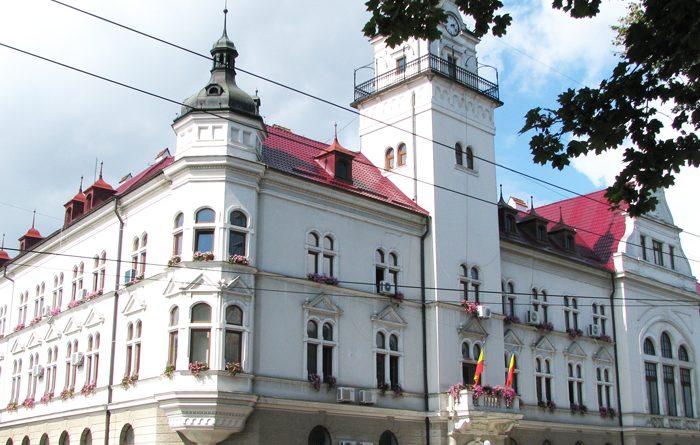 Vineri 23 octombrie, la ora 10.00 se va constitui noul Consiliu Județean Suceava. Se vor constitui mâine și consiliile locale din Suceava, Hănțești, Milișăuți, Satu Mare, Grănicești, Ulma, Straja, Brodina și Poiana Stampei