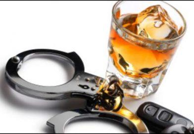 Șofer de 21 de ani din Vicovu de Sus reținut după ce, fiind băut la volan și fără permis a provocat un accident la Frătăuții Noi, a făcut scandal și a părăsit locul faptei