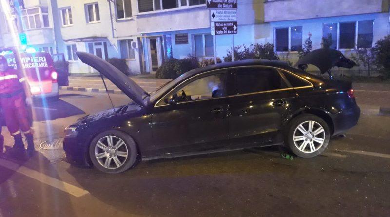 Șoferul care a intrat astă noapte cu mașina într-un stâlp din fața hotelului Bucovina este un tânăr de 29 de ani din Satu Mare care era băut bine