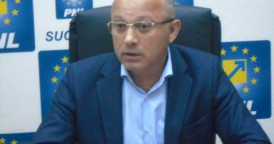 """Senatorul PNL de Suceava, Daniel Cadariu:"""" Klaus Iohannis este un președinte care poate oferi soluții, care are anvergura și expertiza necesare unui președinte de țară"""""""